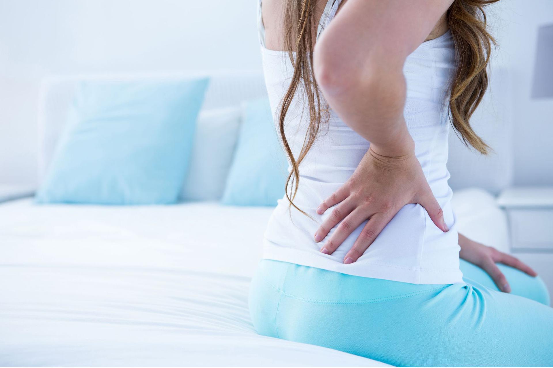 Ból Pleców Dlaczego Bolą Plecy Poradnikzdrowiepl