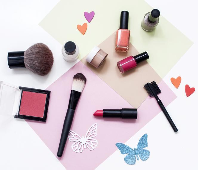 Jak I Gdzie Przechowywać Kosmetyki Do Makijażu Pielęgnacji