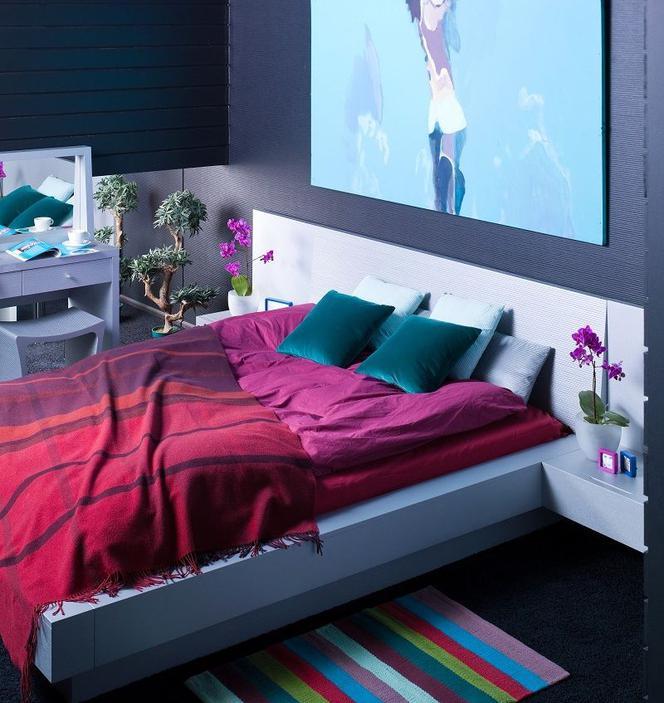 Mocne Kolory W Sypialni Zdjęcia Wnętrz Dla Znudzonych