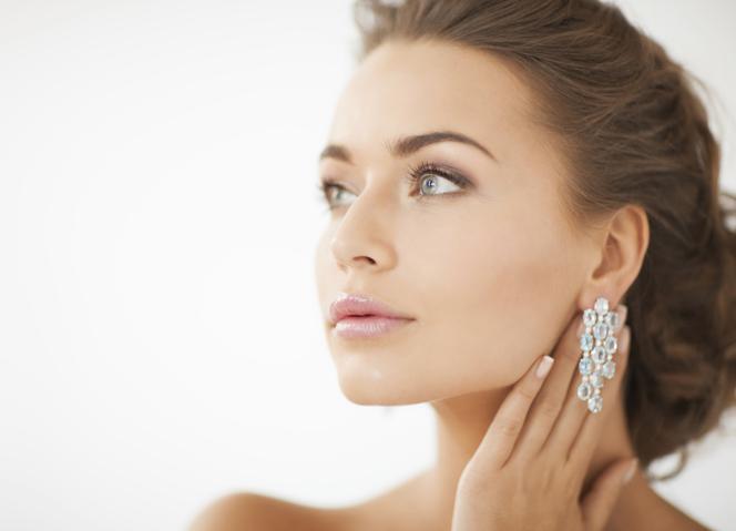 Makijaż Natryskowy Airbrush Makijaż Silikonowy Na ślub I Wielkie