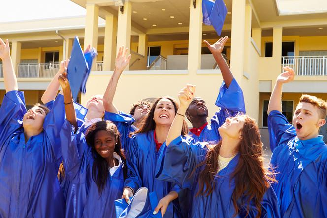 Zakończenie Roku Szkolnego życzenia I Wierszyki Dla