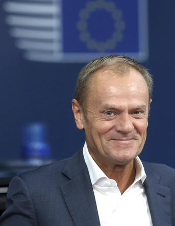 tusk offers an unusual gift from his grandson zobacz