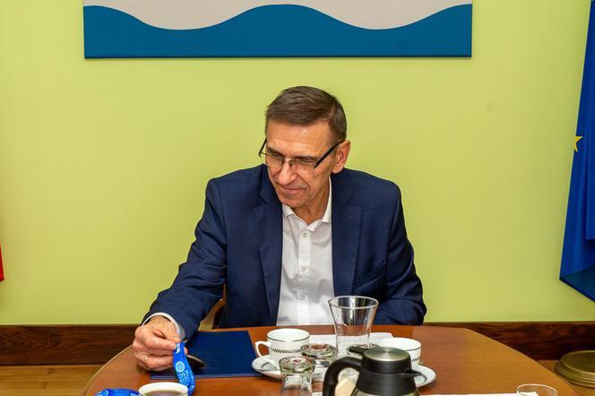 Prezydent Olsztyna Piotr Grzymowicz z zarzutem prokuratorskim. Czy może sprawować urząd?