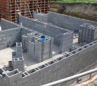 Zaktualizowano Bloczki fundamentowe – szybki sposób na fundamenty. Wymiary i ceny KH53