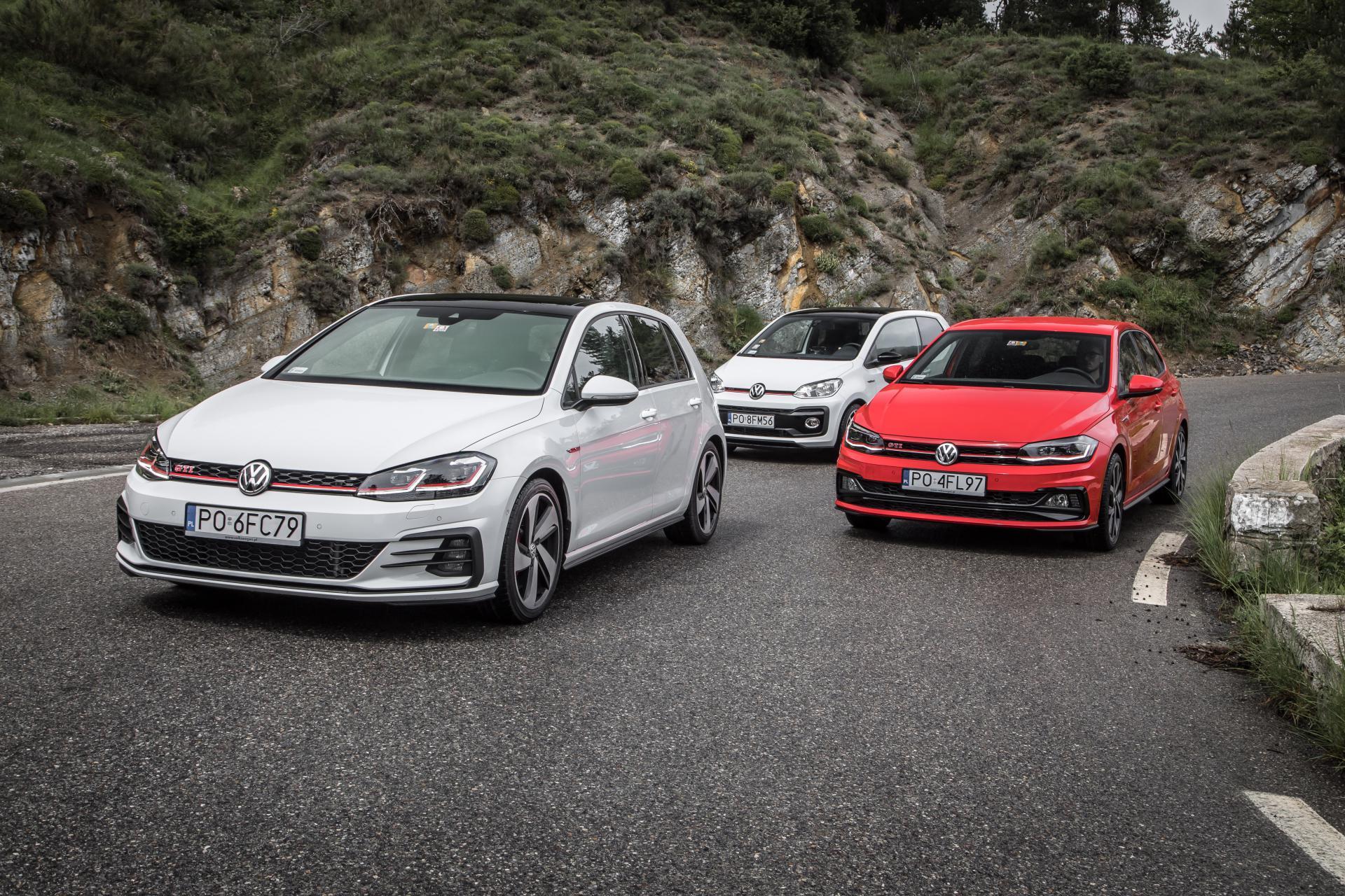 Takich GTI jak Volkswagen nie robi nikt inny TEST hot hatchy na serpentynach przełęczy Col de Turini Super Express
