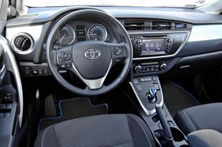 Toyota Auris Hybrid Test Opinie Zdjecia Dziennik Dzien 4