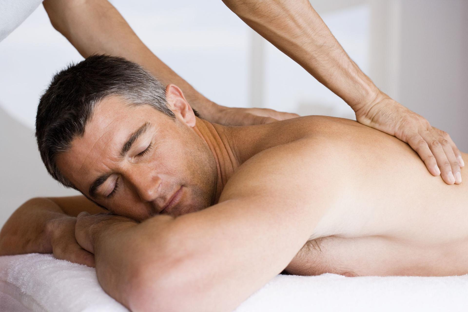 masaż pleców prowadzi do seksu darmowe czarne owłosione cipki com
