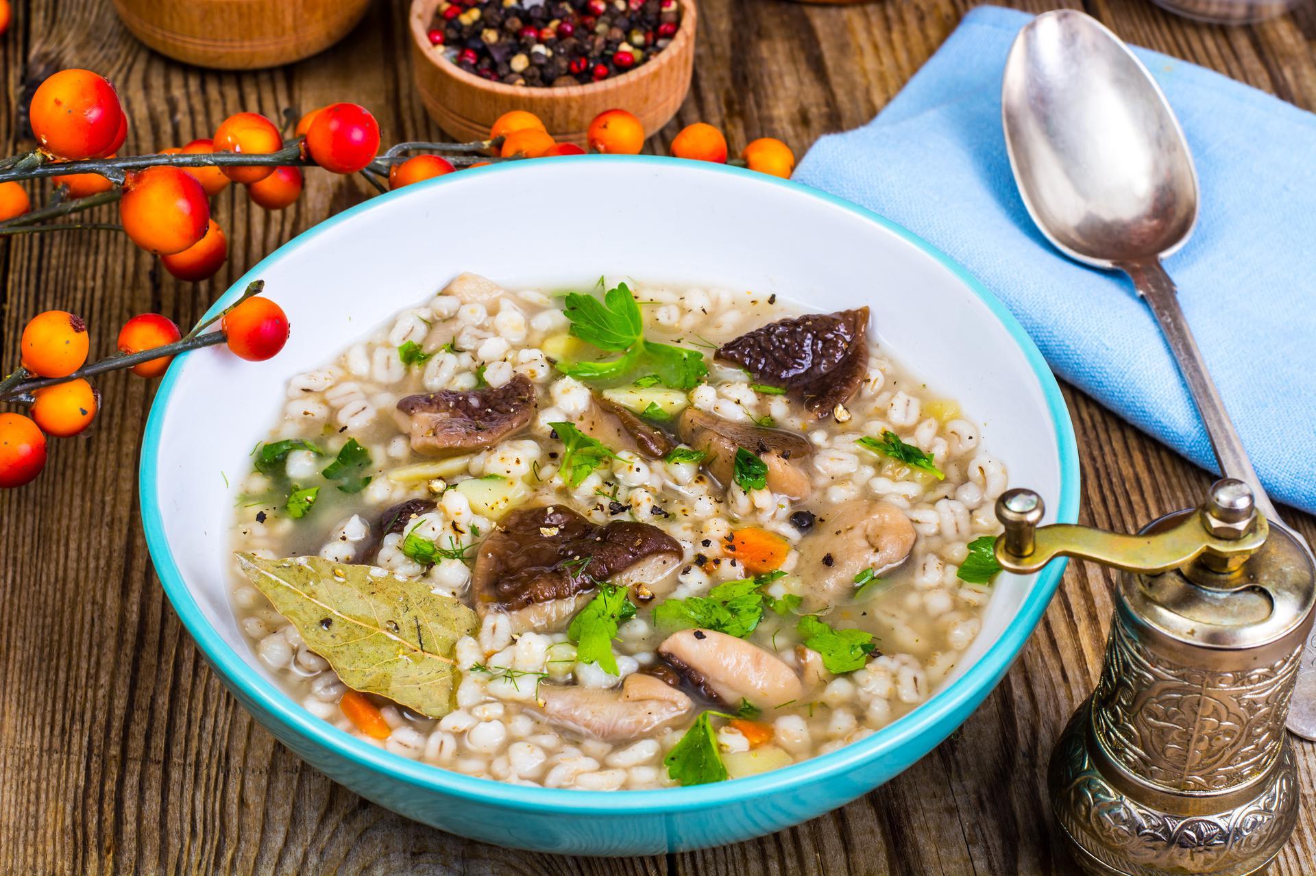 Krupnik (zupa) - kalorie, wartości odżywcze - PoradnikZdrowie pl