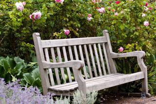 Rodzaje ławek ogrodowych Inspiracje i porady