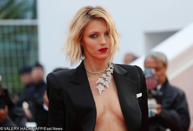 Rubik Zaszalała W Cannes Głębokie Dekolty Na Festiwalu