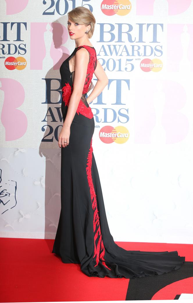 Taylor Swift - BRIT Awards 2015