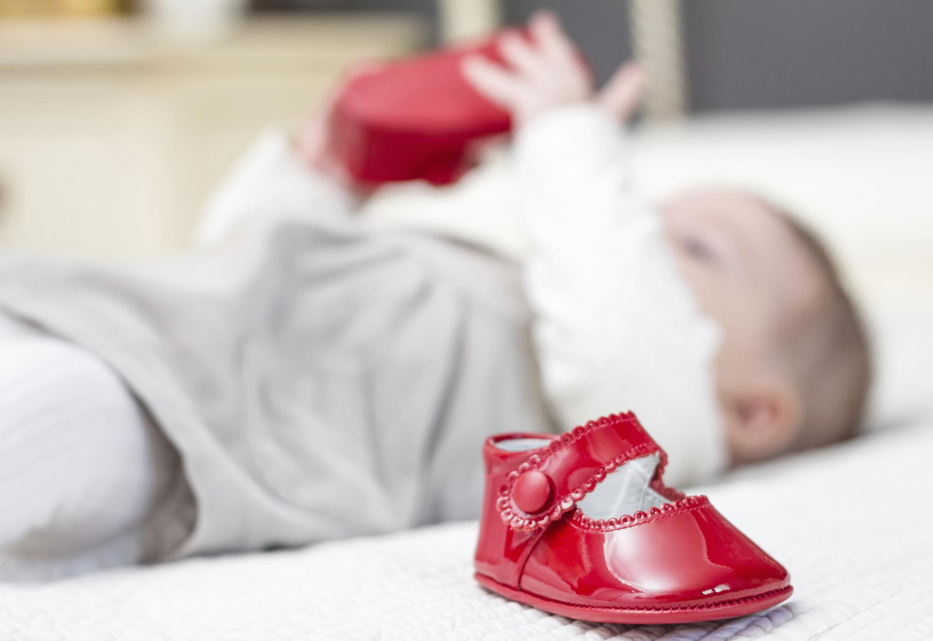 Pierwsze Buty Dla Dziecka Jakie Wybrac Mjakmama Pl