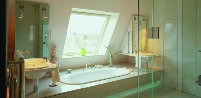 Jakie Okno Do łazienki Na Poddaszu Drewniane Czy