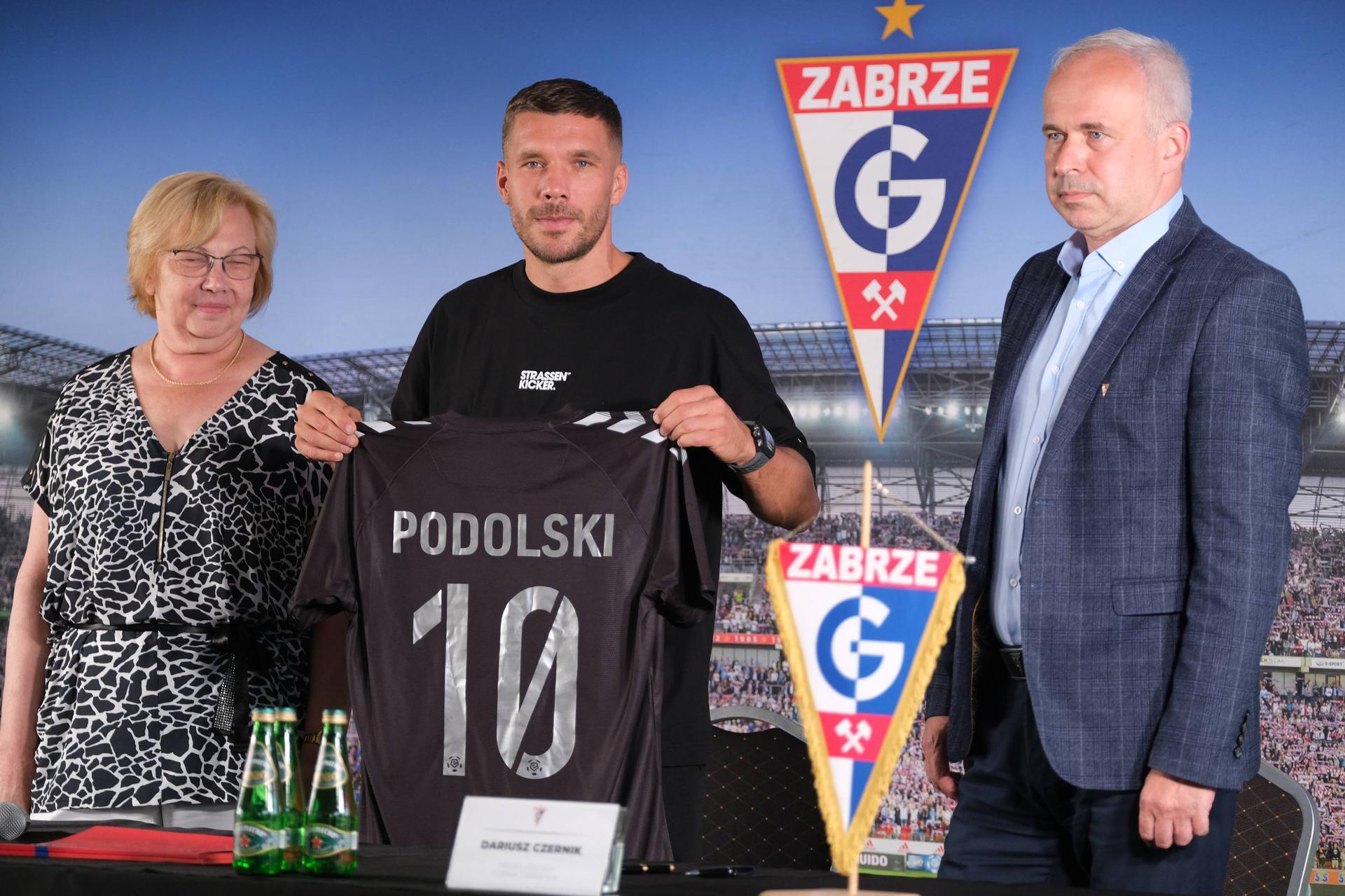 Lukas Podolski zostanie w Górniku Zabrze na dłużej? Wymowne słowa - Śląsk, Super Express