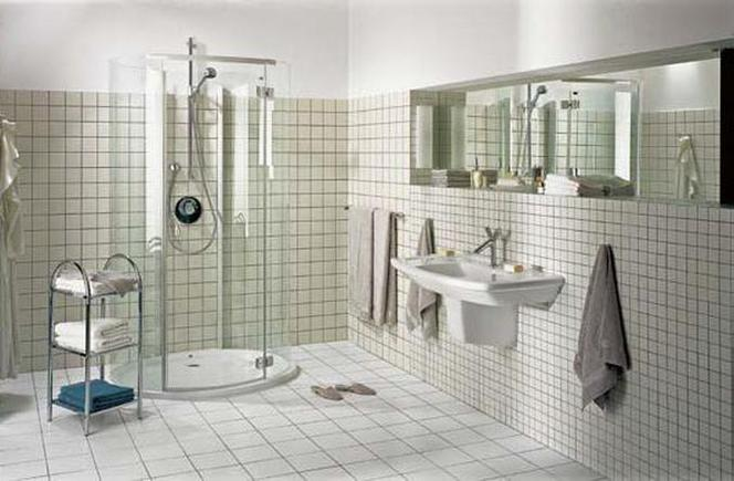 Podłączenie kabiny prysznicowej na zewnątrz