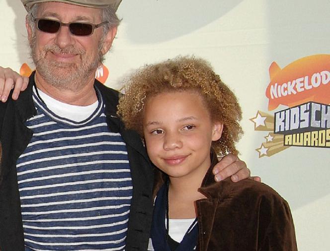 Córka Stevena Spielberga została gwiazdą porno. Kim jest Mikaela Spielberg? - ESKA.pl