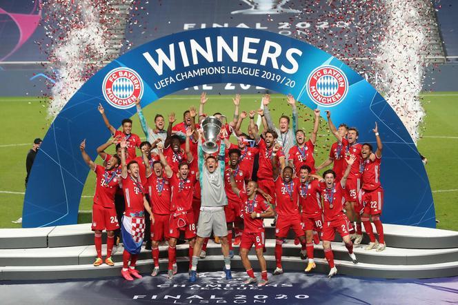 Bayern Schalke Anpfiff