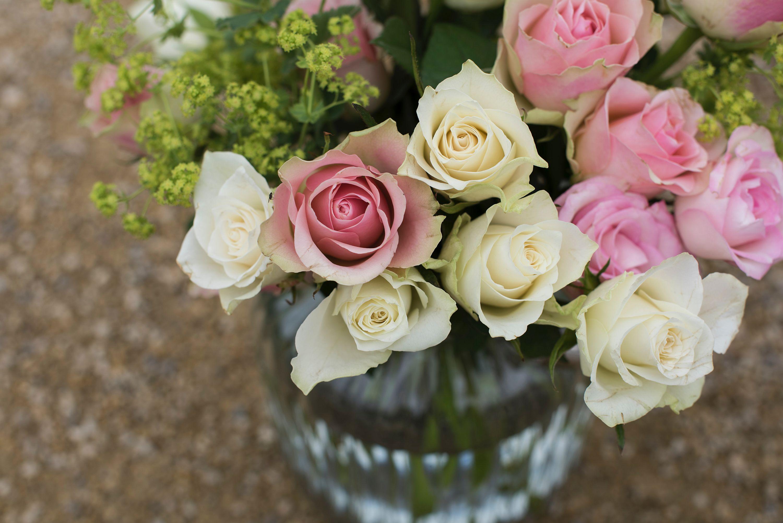 Kwiaty W Wazonie Co Zrobić Aby Dłużej Stały Sposoby Na