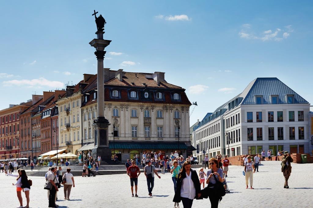 Biurowiec Plac Zamkowy Business With Heritage Muratorpluspl