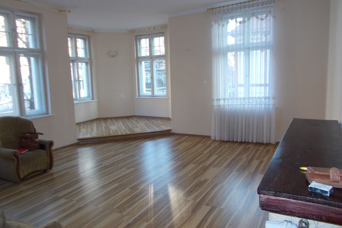 Piękne Mieszkanie W Kamienicy W Paryskim Stylu Generalny Remont