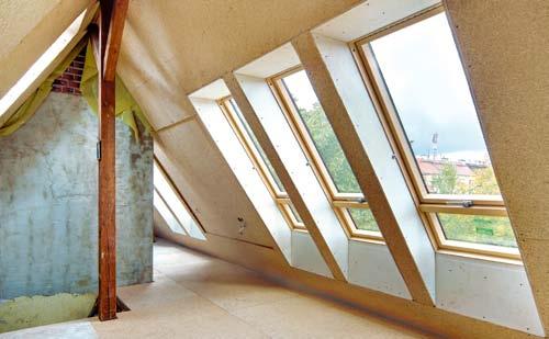 Oryginał Montaż okien dachowych. Jakie są koszty montażu okien na poddaszu DV39