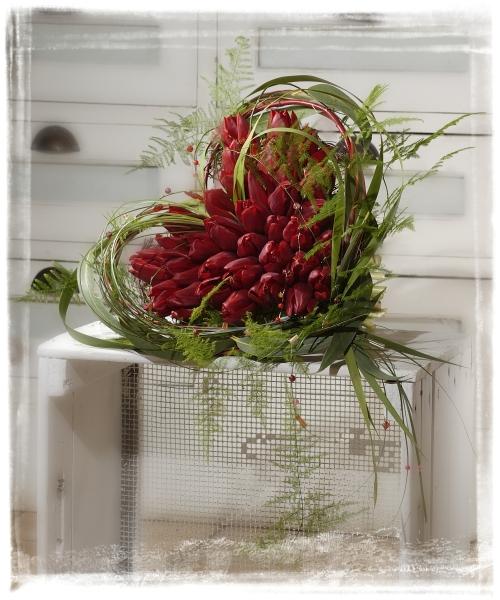 Kwiaty Na Walentynki Kompozycje Kwiatowe Na Dzień Zakochanych
